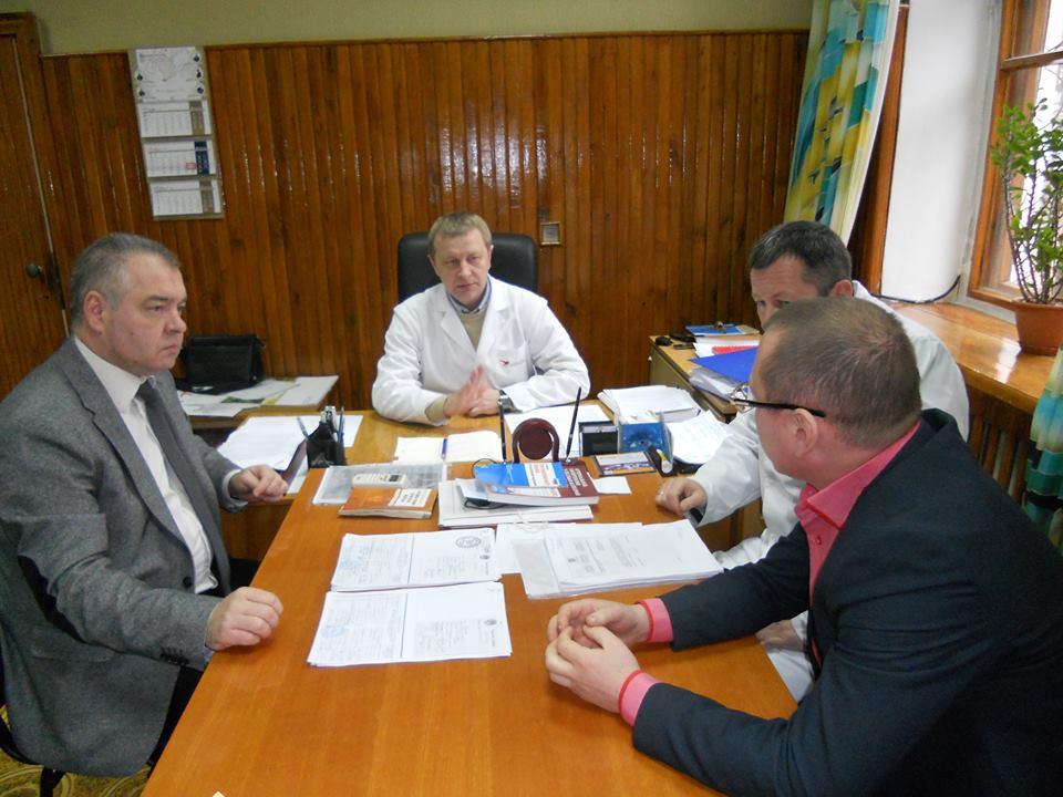 Глава администрации Керчи С.Н. Писарев побывал во второй городской больнице
