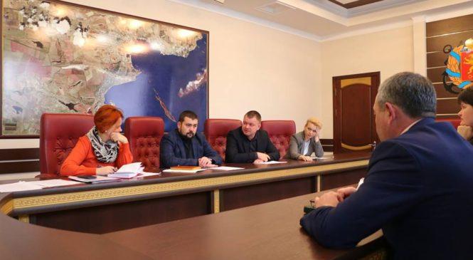 Депутат Сергей Бороздин рассказал на совещании о проблемах своего округа