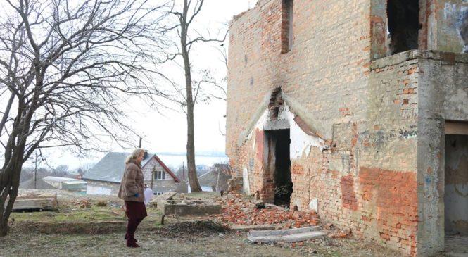 Лариса Щербула ознакомилась с проблемными вопросами района «Семь ветров»