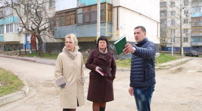 Лариса Щербула совместно с депутатом Павлом Шпехтом совершили объезд округа
