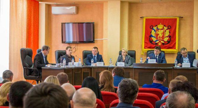 Зампредседателя Совмина РК Игорь Михайличенко провел выездное совещание в Керчи