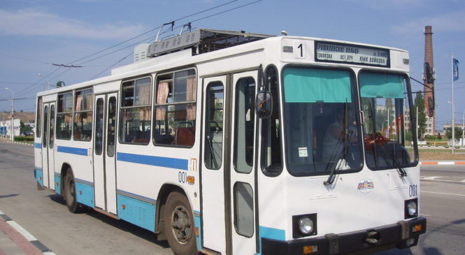 На выходные дни движение троллейбусов будет ограничено