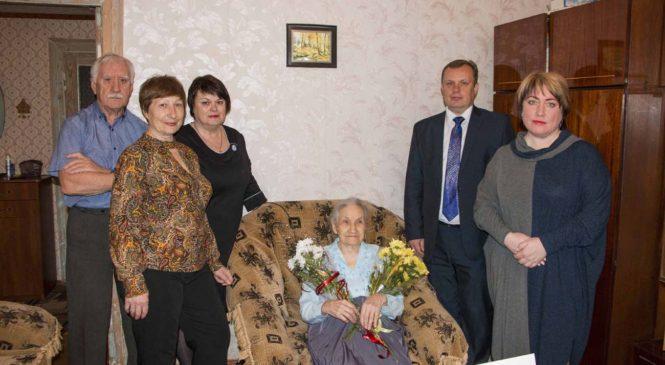 100-летний юбилей отмечает керчанка Галина Семёновна Богданова