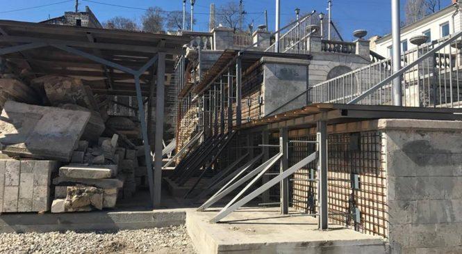 Ремонт Митридатской лестницы будет продолжен  в ближайшее время