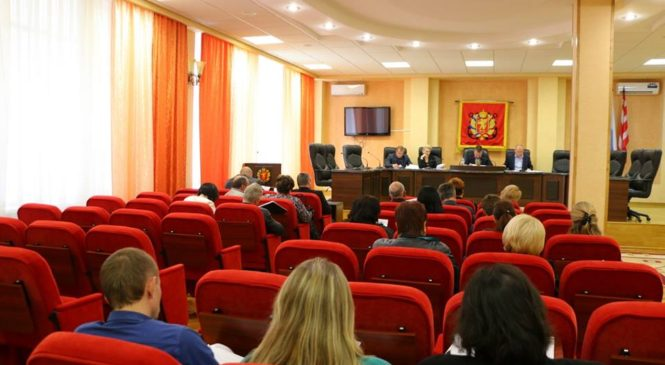 В Керчи состоялось заседание комиссии по оценке эффективности деятельности МУПов