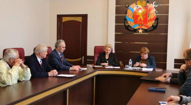На заседании Общественного совета состоялась обязательная ротация