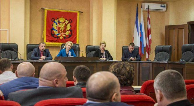 Лариса Щербула приняла участие в заседании депутатской фракции