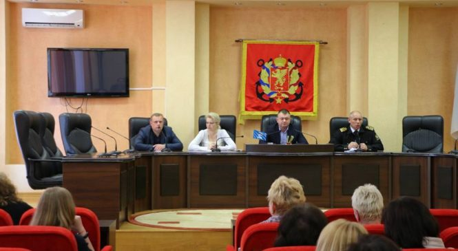 В муниципалитете провели встречу с представителями медицинских учреждений города