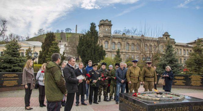 В Керчи встретили делегацию из Ейска