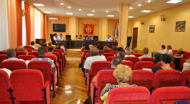 В Керчи состоялся семинар-совещание по проблемам управления жильём