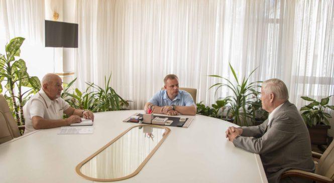 Глава муниципального образования провел встречу с ветеранами города