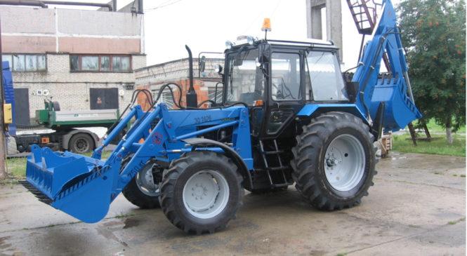 Тула подарила Керчи трактор-погрузчик