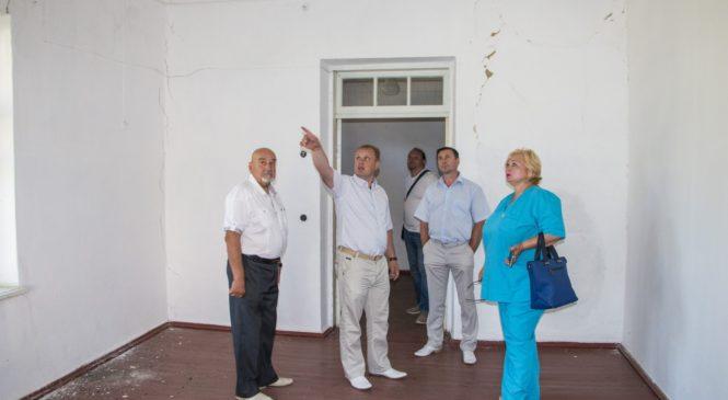 В Керчи работают над доступностью медицинских услуг для жителей отдаленных районов города