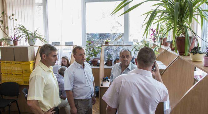 В Керчи мобильные МФЦ установят в разных районах города