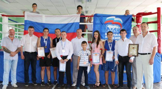 Глава муниципального образования г. Керчь поздравил юных спортсменов с победами