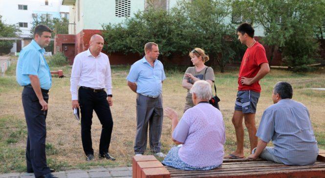 Глава муниципального образования Николай Гусаков провел сход граждан на Нижнем Солнечном.