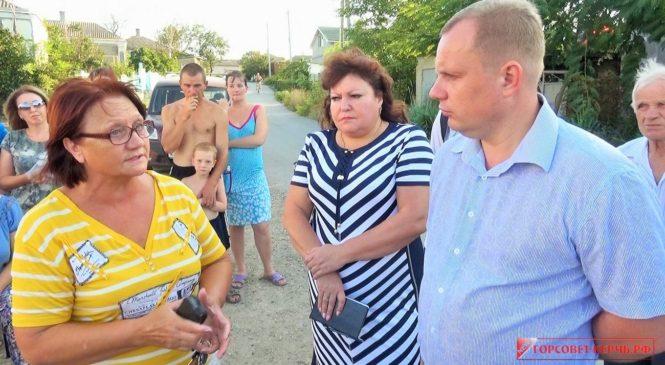 Городские власти решают проблемы водоснабжения в поселке Опасное