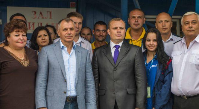 Председатель Госсовета Крыма Владимир Константинов посетил паромную переправу