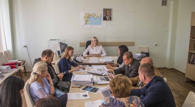 На Градостроительном совете обсуждали остановочные павильоны и реконструкцию Айвазовского