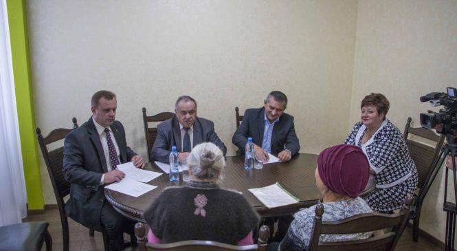 Депутаты Госсовета Крыма провели прием гражда в Керчи