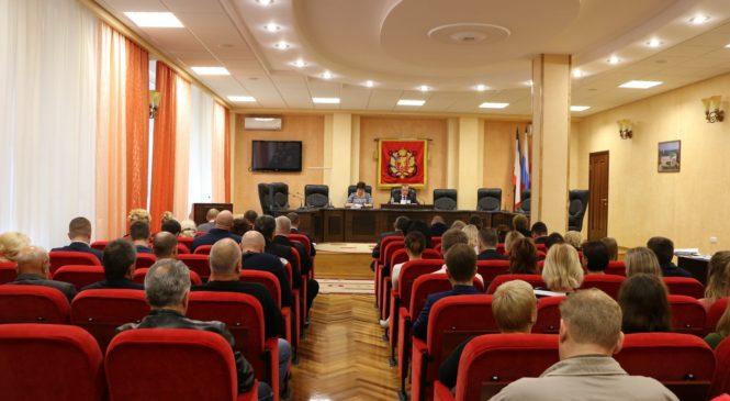 В Керчи состоялась 80-я сессия Керченского городского совета