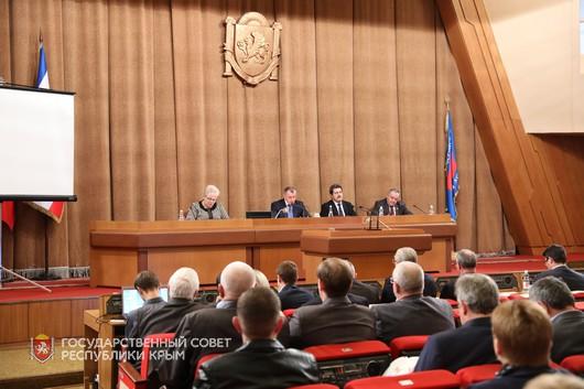 Николай Гусаков принял участие в парламентских слушаниях по проекту бюджета республики