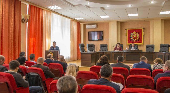 В Керчи состоялась 81-я сессия Керченского городского совета