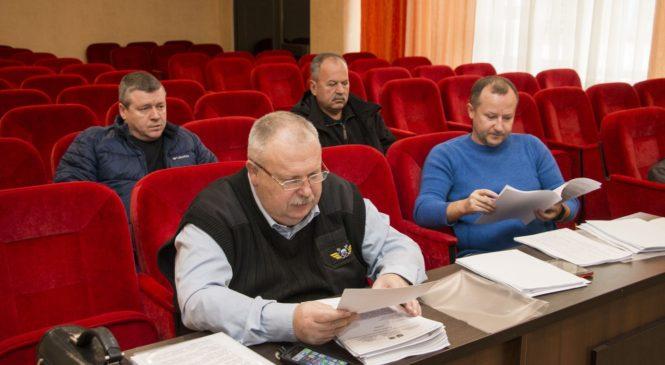 В преддверии очередной сессии горсовета проходят заседания депутатских комиссий