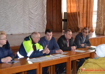 На сходе граждан обсудили проблемы 10-го одномандатного округа