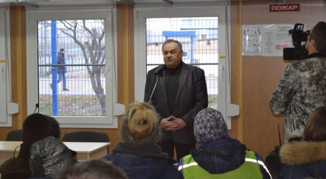 Глава муниципального образования г. Керчи Николай Гусаков поздравил ветерана с 95-летием