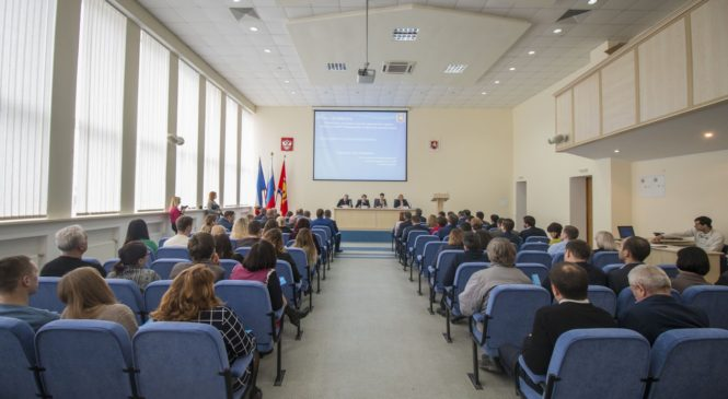 Глава муниципального образования принял участие в семинаре, посвященном программе «Формирование комфортной городской среды»