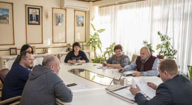 В городском совете прошло заседание комиссии по награждениям