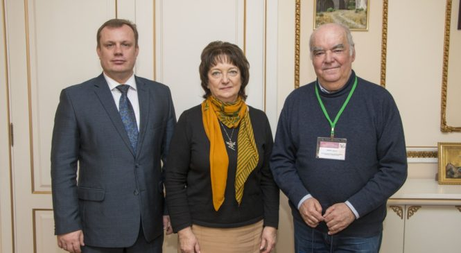 Николай Гусаков провел встречу с директором музея-заповедника и сербским кинорежиссером