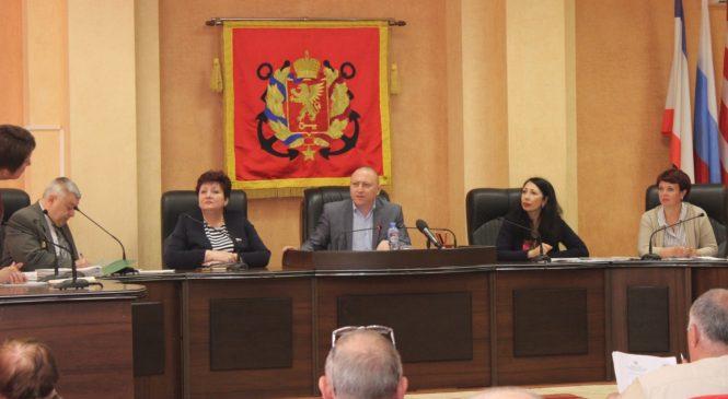 В Керчи состоялся круглый стол с ликвидаторами последствий аварии на ЧАЭС