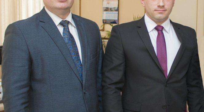 Городская награда вручена неравнодушному керчанину Денису Трикозу