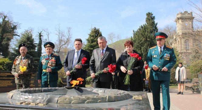 Сотрудники военного комиссариата отмечают 100-й юбилей ведомства