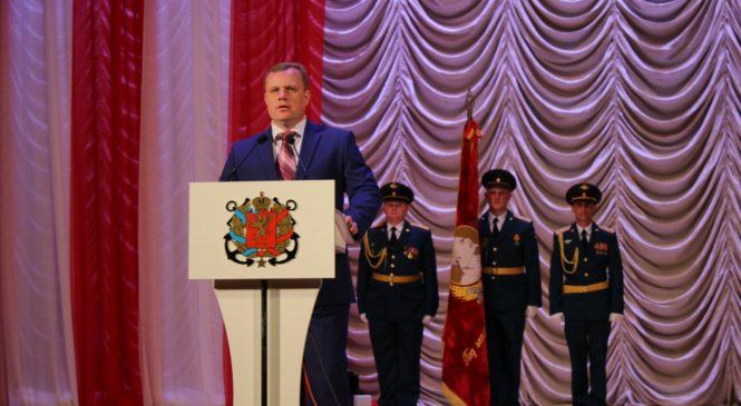 В ДК «Корабел» прошло торжественное собрание, посвященное 74-й годовщине освобождения Керчи от фашистских захватчиков