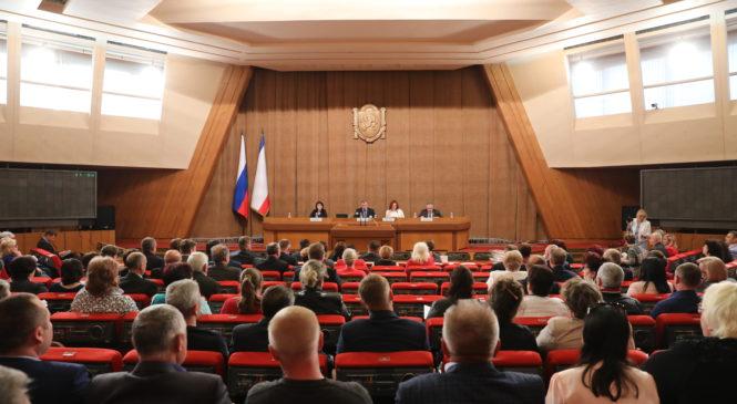 Керчь приняла участие в заседании Совета муниципальных образований Республики Крым