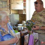 Председатель правления «Объединение предпринимателей Керчи» поздравил ветерана с днем рождения