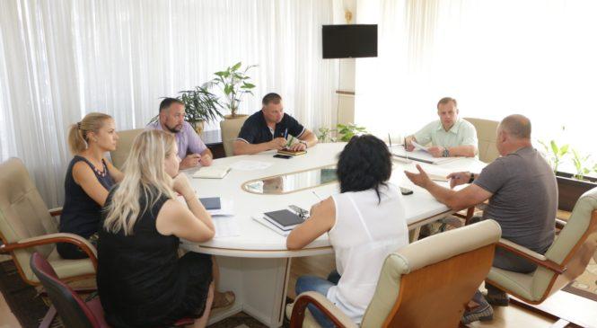 Глава муниципального образования провел совещание по выборам 2019 года