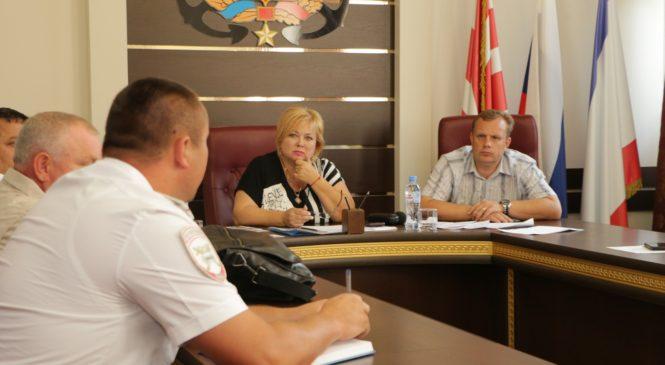 На заседании Общественного совета решали судьбу проезда по ул. Рыбаков
