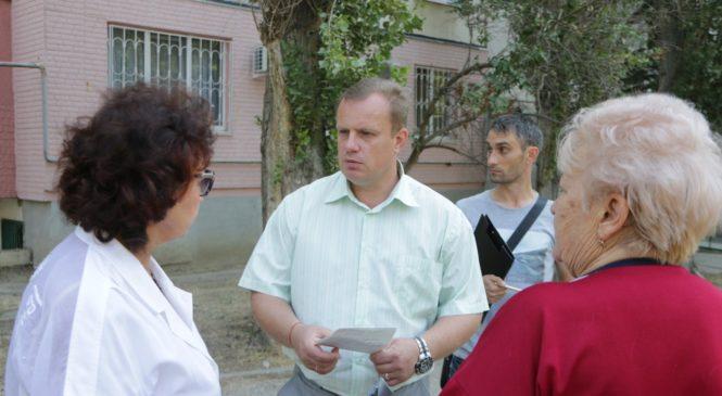 Глава муниципального образования провел сход граждан на ул. Вокзальное шоссе