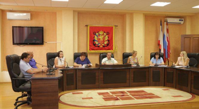 Николай Гусаков принял участие в публичных слушаниях