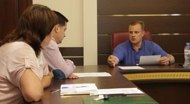 Общественная комиссия по контролю за благоустройством дворов провела заседание