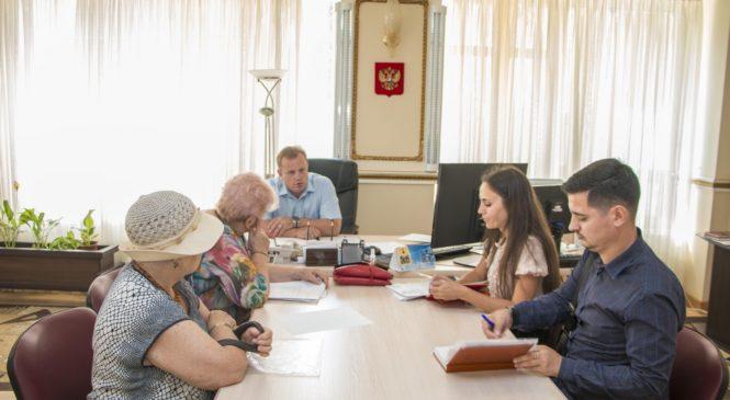 Николай Гусаков провел совещание по вопросу реализации программы «Формирование комфортной городской среды»