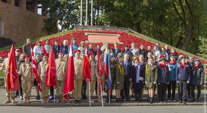 В Смоленске прошел XVI Международный слет школьников городов-героев «Славы предков достойны»