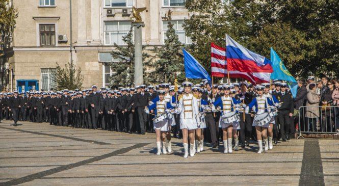 В Керчи прошло посвящение в курсанты КГМТУ — 2018