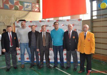 В Керчи стартовал Республиканский турнир по киокусинкай каратэ посвященный «Крымской весне»