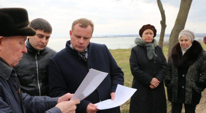 Николай ГУСАКОВ провел сход на улице Юннатов