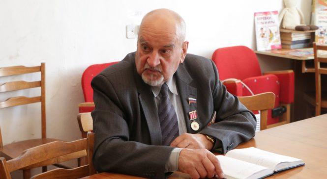 Жители района Капканы собрались на сход с депутатом Фёдором КОЗЛОВЫМ
